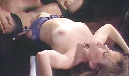 Perversionen سکس با مامان شهوانی 2
