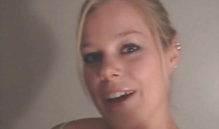 مادر داستانهای سکسی و شهوانی داغ من فیلم برهنه در حمام